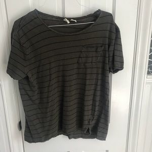 Men's Urban Outfitters loose neck Feather T-Shirt